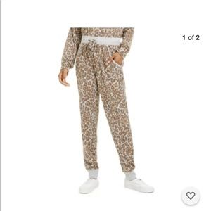 Hippie Rose Junior's Cheetah Cozy Soft Joggers